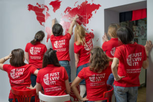 Just lviv it Туристично-івентова компанія холдингу емоцій !FEST ➔ Прийомом туристів та великих корпоративних груп у Львові ➔ організація екскурсій, квестів, а також корпоративних заходів ✔